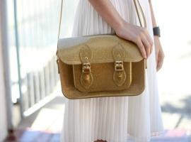 look-bolsa-melissa-satchel-dourada