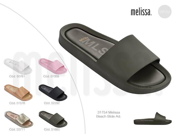 3-melissa-flygrl-melissa-beach-slide