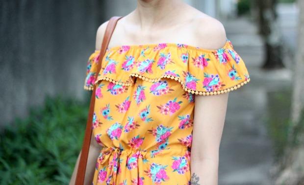look vestido dolarice detalhe